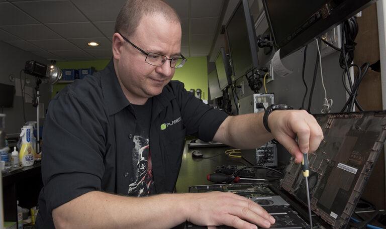 We provide Apple Laptop And Desktop Repairs.